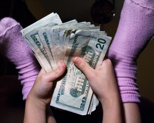 jovenes, dinero, niños